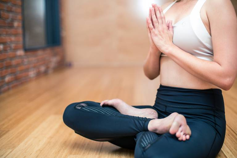 Un guide de yoga